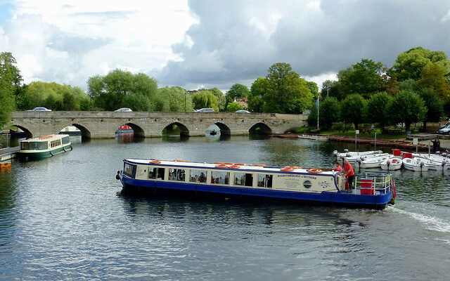 Stratford upon Avon – Canal Cruise & Lunch