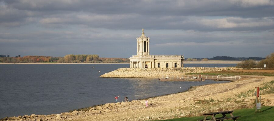 Rutland Water – Lunch & Cruise