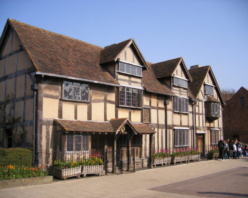 An image of Shakespeare's house in Stratford upon Avon